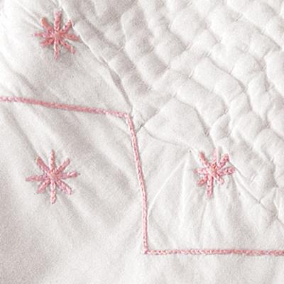 Embroidered Bassinet Coverlet (Pink)