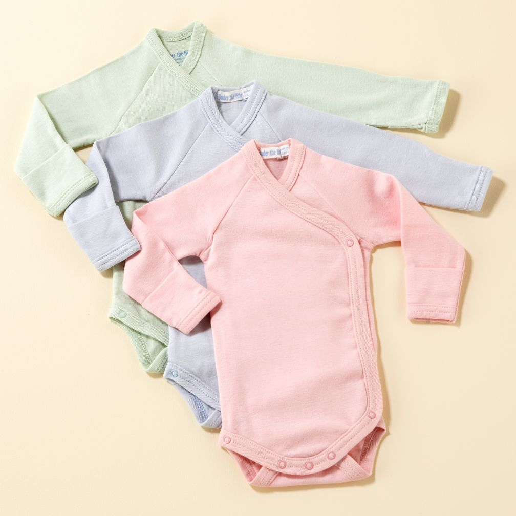 Featuring three charming options, these Carter's side-snap bodysuits are a must-have addition to your baby's wardrobe. In gray/white.