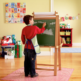 Kid's Wood Art Easel with Chalkboard and Whiteboard