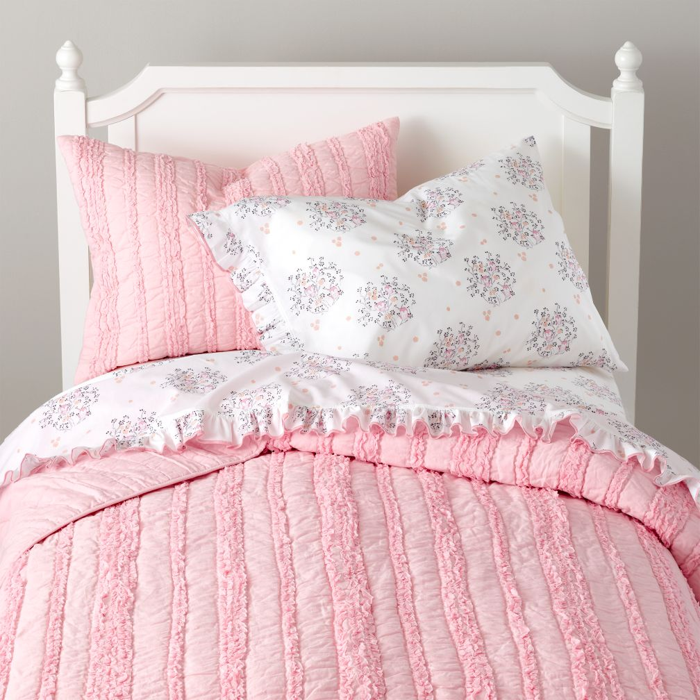 Girls Quilts: Delicate Pink Quilt