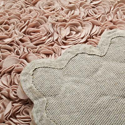 519944_Rug_Rosy_Chic_Detail_05