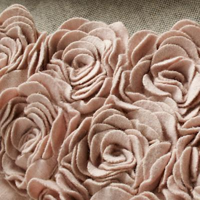 519944_Rug_Rosy_Chic_Detail_08