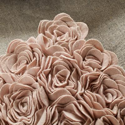 519944_Rug_Rosy_Chic_Detail_9