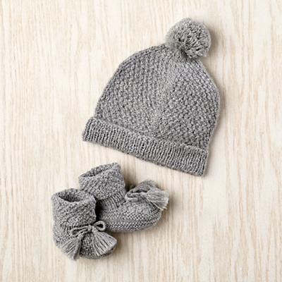 0-6 mos. Alpine Hat and Booties