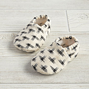 0-6 Months Bink and Boo Baby Booties (Black)