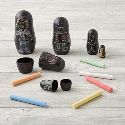 Arts_Crafts_Chalkboard_Nesting_Dolls