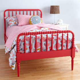 Raspberry Jenny Lind Bed