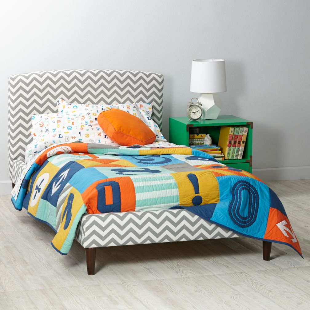 Upholstered Bed (Pattern Fabrics)