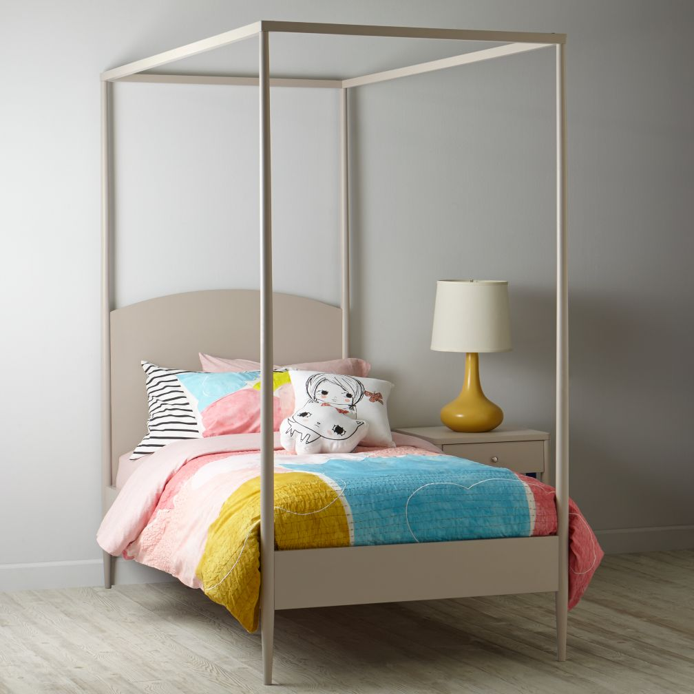 Hampshire Canopy Bed (Stone)
