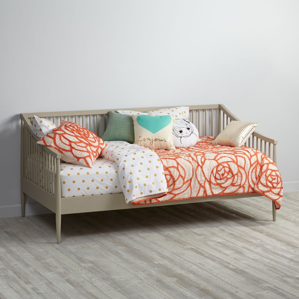 Hampshire Spindle Daybed (Stone)