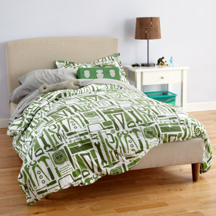 The Land of Nod Twin Jute Basket Weave Bed