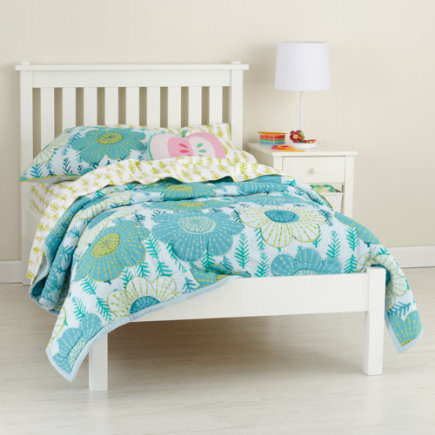 Kids Beds: Kids White Simple Bed - Twin White Bed (headboard W/wood Frame)