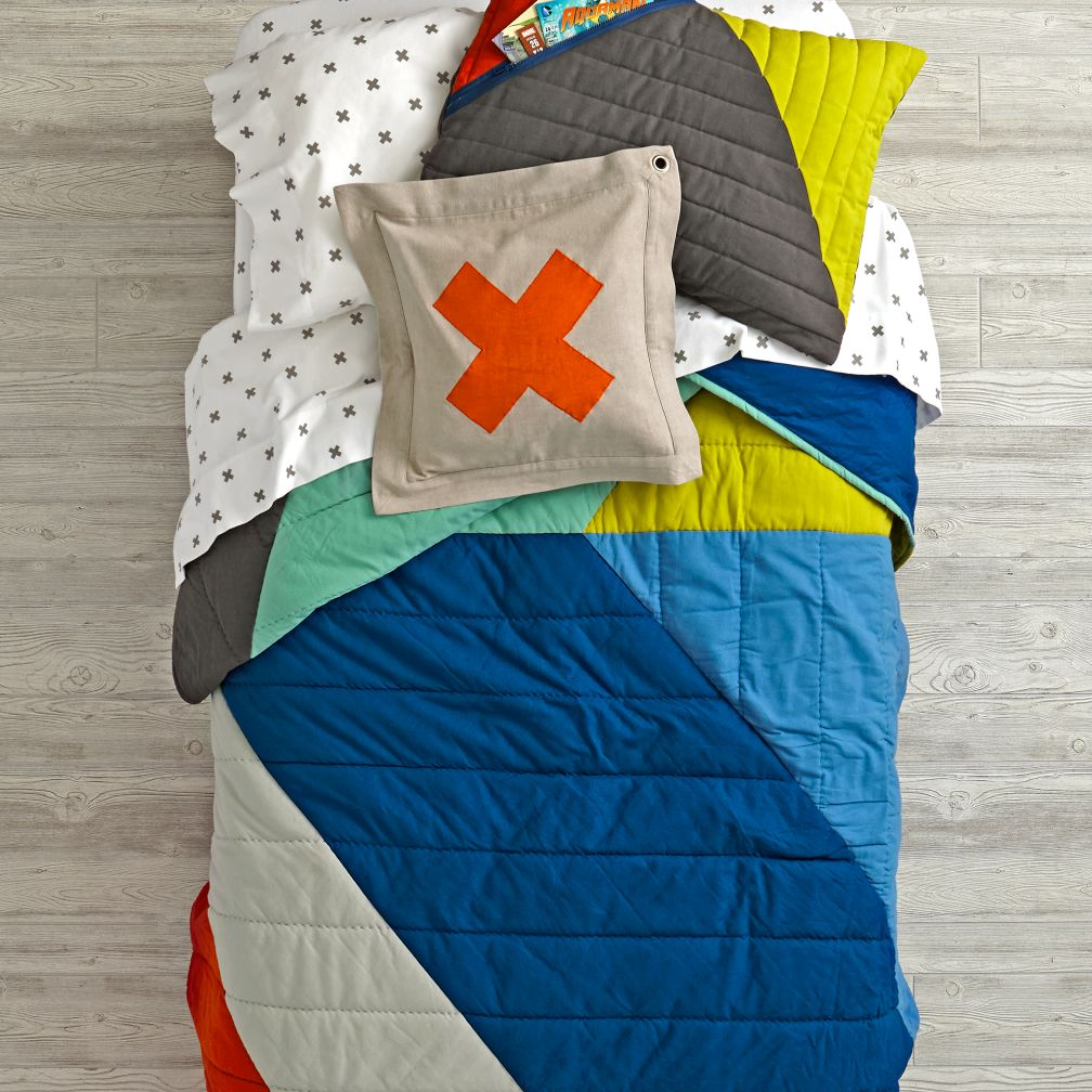 Angular Bedding and Quilt