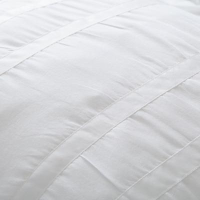Bedding_Antique_Chic-WH_Group_Details_V9