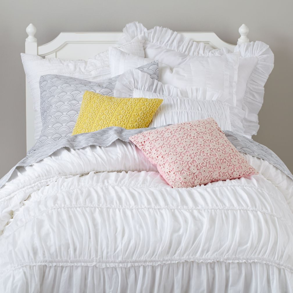 Antique Chic Bedding (White)