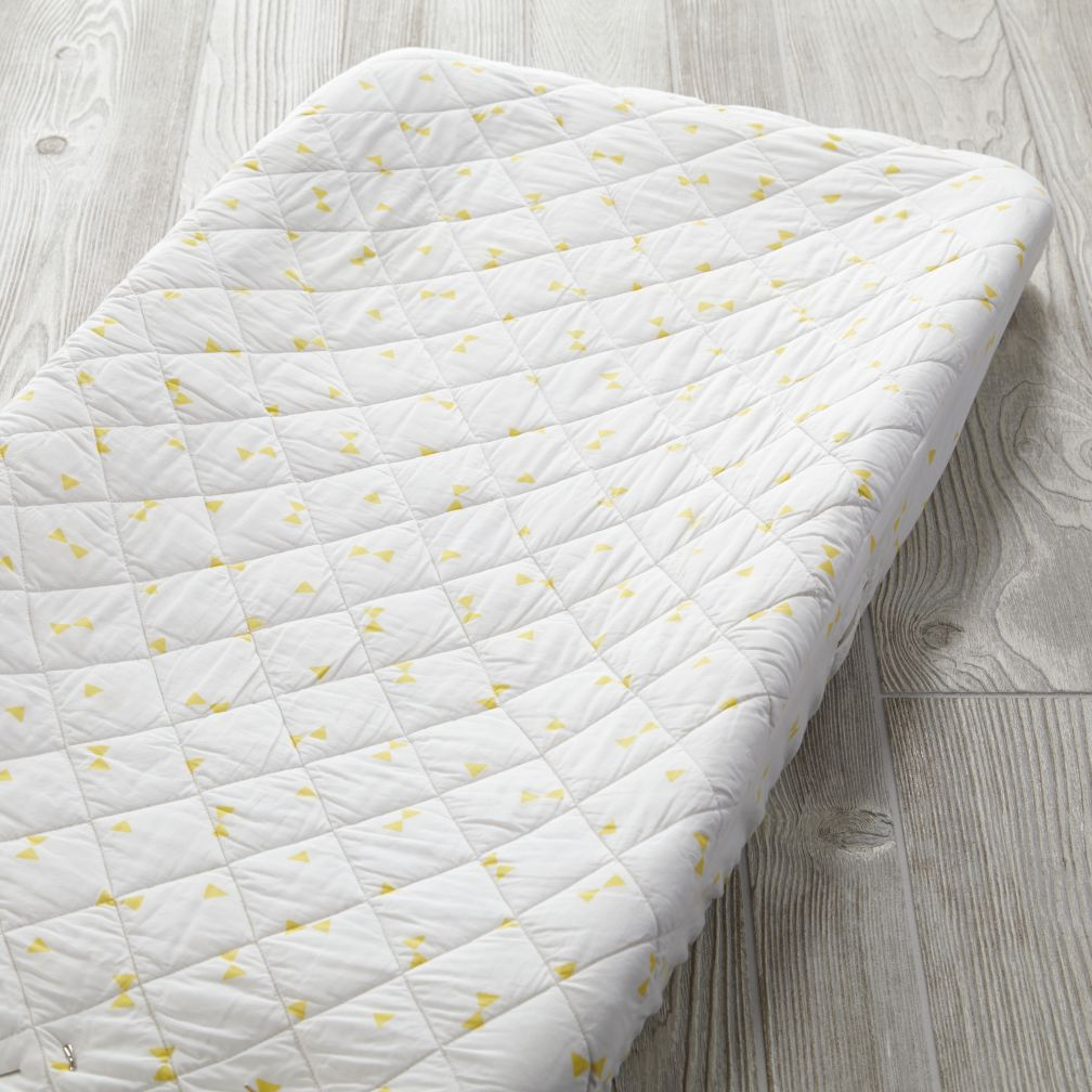 Go Lightly Changing Pad Cover (Yellow Triangle)
