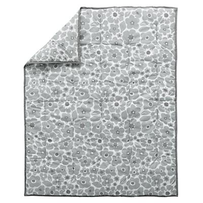 Bedding_CR_Go_Lightly_Quilt_GY_LL
