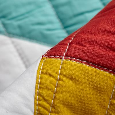 Bedding_CR_Polygon_Quilt_Group_Detail_v2
