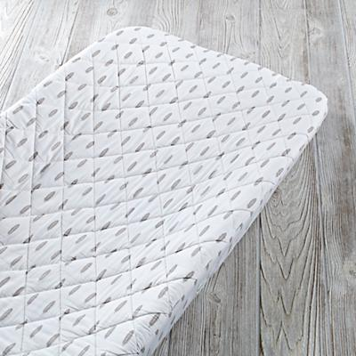 Iconic Changing Pad Cover (Feather)