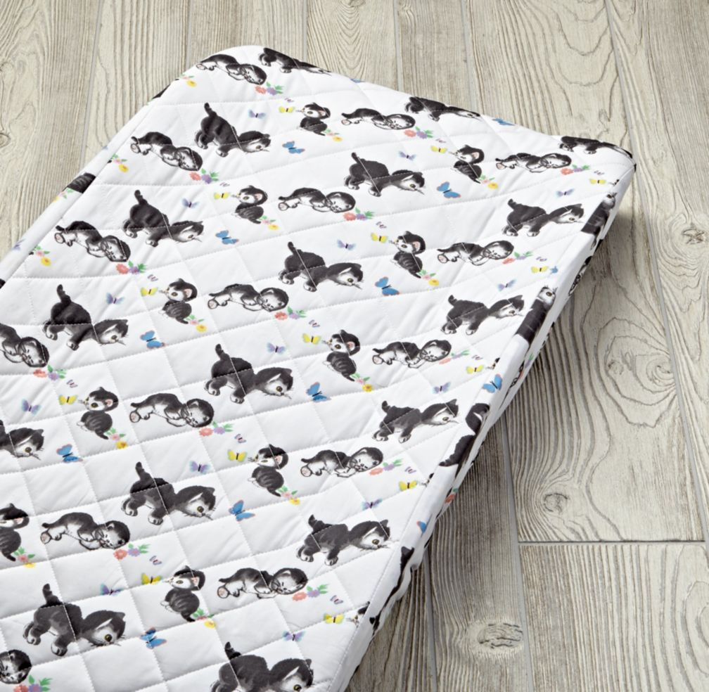 Shy Little Kitten Changing Pad Cover (White)