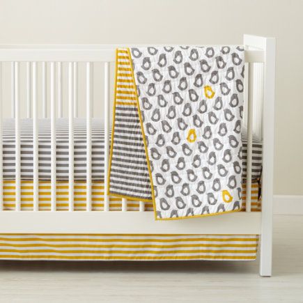 Crib Quilts: Grey and Yellow Chick Crib Quilt