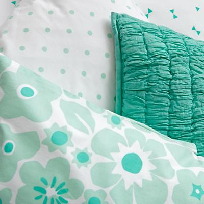 Bedding_Go_Lightly_MI_Details_V3