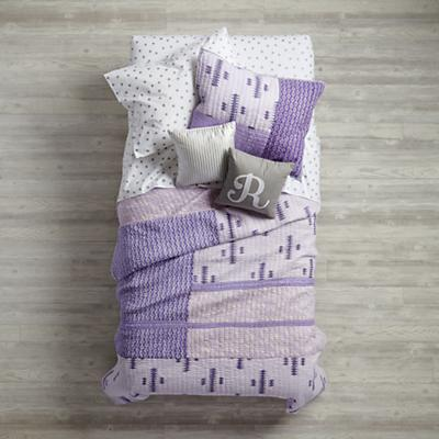Bedding_Hand_Blocked_SI_Dot_rs