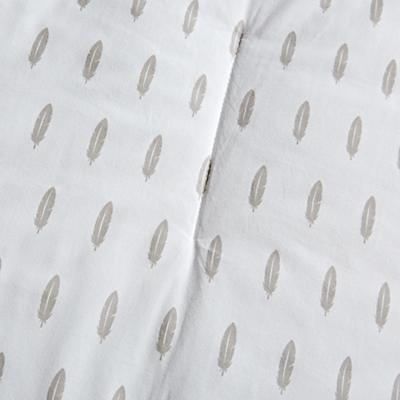 Bedding_Iconic_Feather_DK_Details_V10