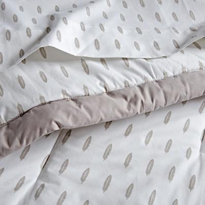 Bedding_Iconic_Feather_DK_Details_V9