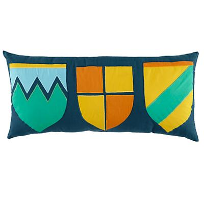 Bedding_Knight_Pillow_Family_Crest_LL