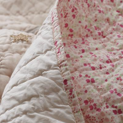 Bedding_Let_Down_Details_32