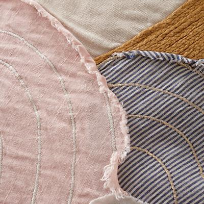 Bedding_Let_Down_Details_9