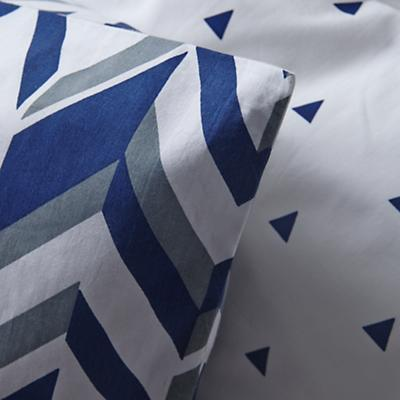 Bedding_Little_Prints_BL_Detail_v6