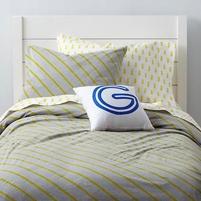Bedding_Little_Prints_YE_Group_V1_Stripe