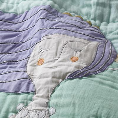 Bedding_Mermaid_Detail_1