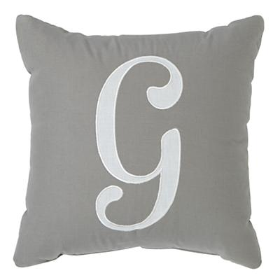 Bedding_Pillow_Letter_Typeset_G_378357_LL