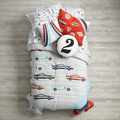 Bedding_Pit_Crew_Group_Acute