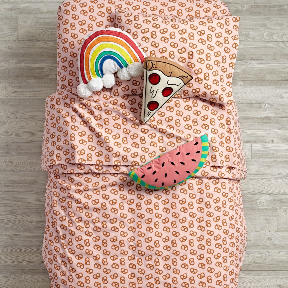 Pretzel Bedding