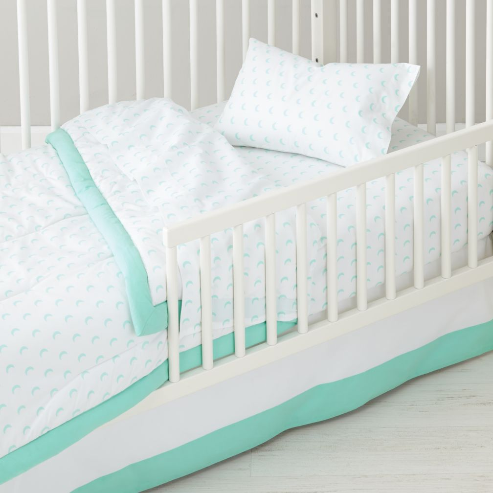 Iconic Toddler Bedding (Moon)