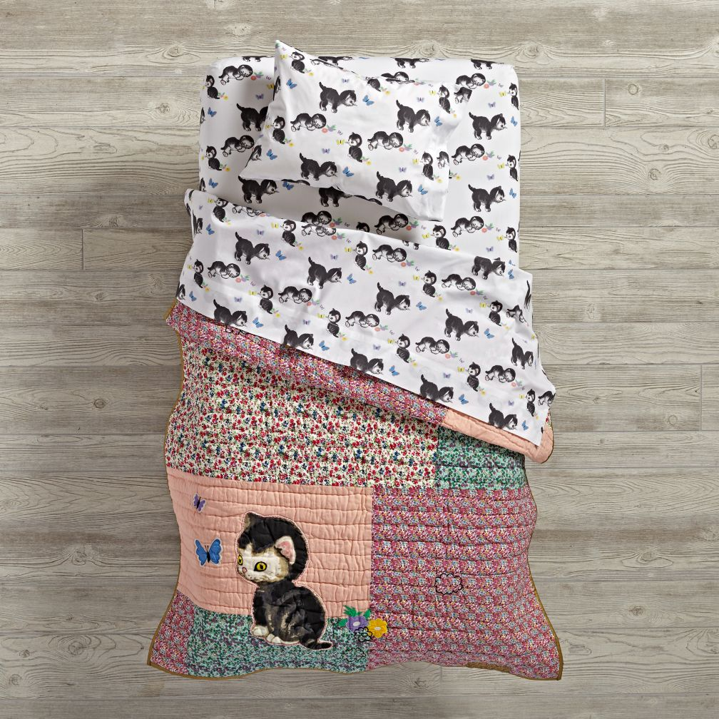 Shy Little Kitten Toddler Bedding