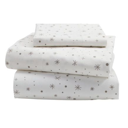 Star System Toddler Sheet SetIncludes fitted sheet, flat sheet and one toddler pillowcase