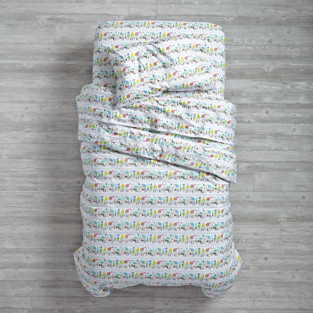 Elf Help Duvet Cover