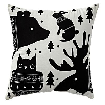 Bedding_Throw_Pillow_Winter_Forest_LL