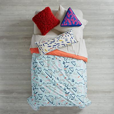 Bedding_Ticker_Tape_Duvet_Group