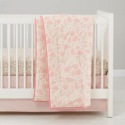Well Nested Crib Sheet (Pink Floral)