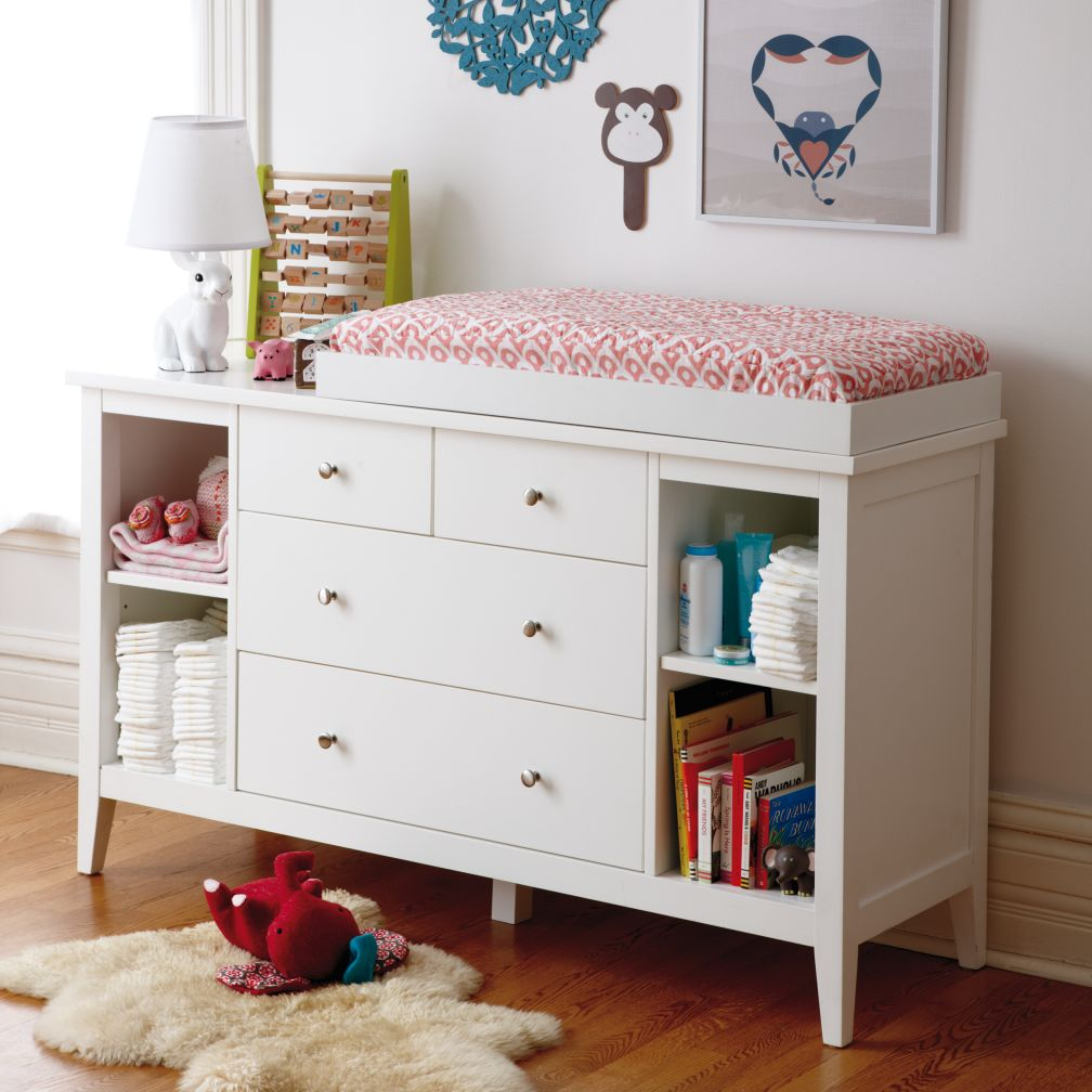 Blake 2-Over-2 Changing Table (White)