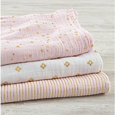 Blanket_Metallic_Swaddle_S3_PI_v2
