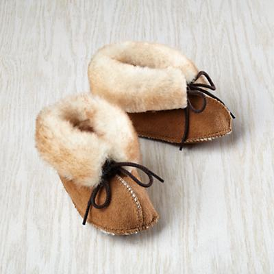 Minnetonka® Genuine Sheepskin Bootie 6-9 mos.