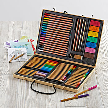 Make A Masterpiece Art Kit