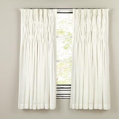 "84"" Antique Chic Curtain (White)"